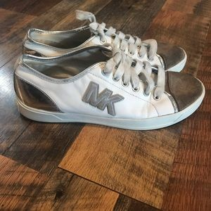 Michael Kors white leather sneakers with shade toe